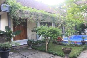 Tegar Guest House Blumbungan, Penzióny  Mengwi - big - 49