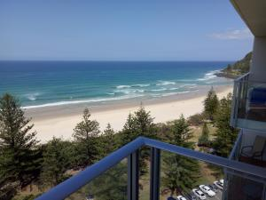 Pacific Regis Beachfront Holiday Apartments