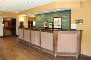 Hampton Inn Sandusky-Central, Отели  Сандаски - big - 16