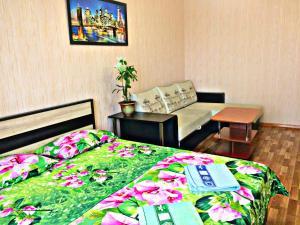 Apartment on pr. Vyacheslava Klykova 83 - Dukhovets