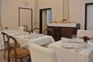 Palazzo Zecchino - AbcAlberghi.com