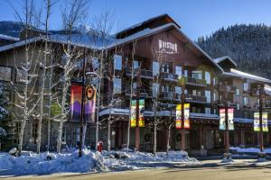 Lodging Ovations - Hotel - Whistler Blackcomb