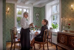 Hotel Kong Carl, Hotels  Sandefjord - big - 68