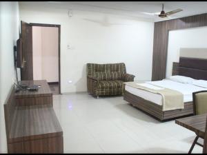 A.R Grand Hotel, Hotels  Visakhapatnam - big - 25