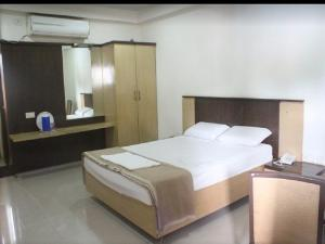 A.R Grand Hotel, Hotels  Visakhapatnam - big - 24