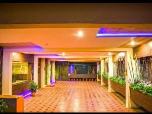 A.R Grand Hotel, Hotels  Visakhapatnam - big - 31