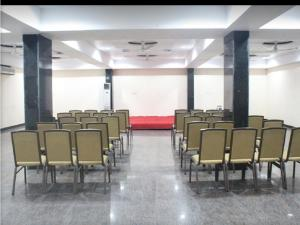A.R Grand Hotel, Hotels  Visakhapatnam - big - 32