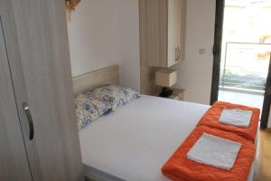Centar New Mike Apartment, Ferienwohnungen  Budva - big - 25