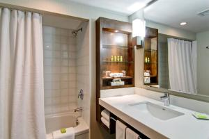 Delta Hotels by Marriott Toronto East, Hotely  Toronto - big - 36