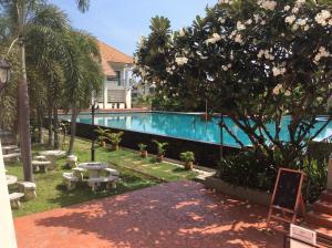 Pimuk House - Bān San Pu Loi