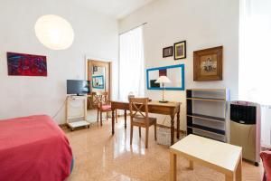 Boschetto Sweet Apartment Colosseum, Apartmány  Řím - big - 14