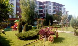 B44 Apollon Complex, Apartments  Ravda - big - 1