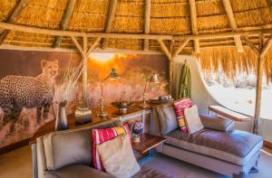Okonjima Luxury Bush Camp, Horské chaty  Otjiwarongo - big - 8
