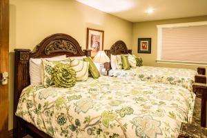 Noble House Suites B&B, Bed and Breakfasts  Grand Forks - big - 22