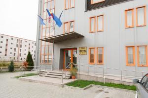Plus Hotel, Hotely  Craiova - big - 32