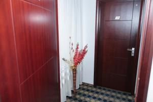 Plus Hotel, Hotely  Craiova - big - 35
