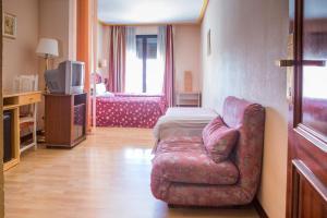 Hotel Tibur, Hotels  Saragossa - big - 83