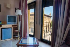 Hotel Tibur, Hotels  Saragossa - big - 60