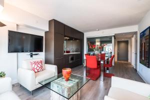 QuickStay - Luxury Executive in Yorkville (Yonge & Bloor), Apartmány  Toronto - big - 1