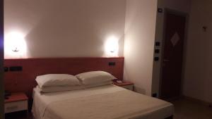 Hotel Azzurra, Hotels  Spinone Al Lago - big - 49