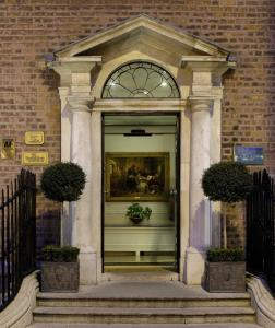 Merrion Hotel hotel,  Dublin, Irish Republic. The photo picture quality can be variable. We apologize if the quality is of an unacceptable level.
