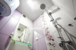 Panorama Top Floor Rooms in Hotel Tundzha, Гостевые дома  Ямбол - big - 41
