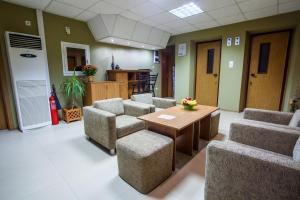 Panorama Top Floor Rooms in Hotel Tundzha, Гостевые дома  Ямбол - big - 20