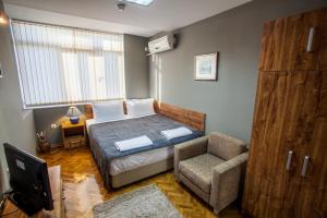 Panorama Top Floor Rooms in Hotel Tundzha, Гостевые дома  Ямбол - big - 16