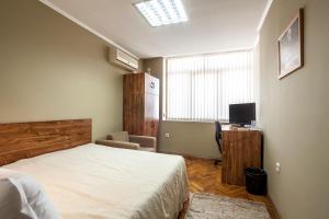 Panorama Top Floor Rooms in Hotel Tundzha, Гостевые дома  Ямбол - big - 4