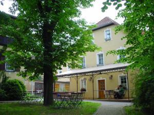 Gast- und Pensions-Haus Hodes - Kirchhasel