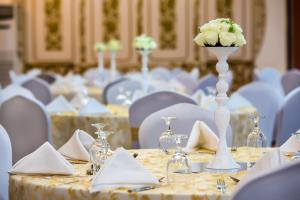 Hotel Holiday International, Hotels  Sharjah - big - 20