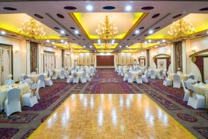 Hotel Holiday International, Hotely  Sharjah - big - 36