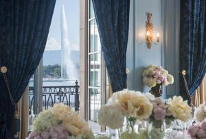 Four Seasons Hotel des Bergues Geneva (12 of 82)