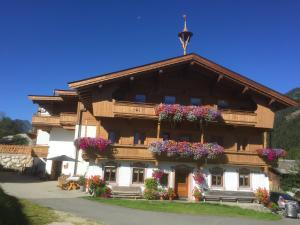 Trixlhof - Accommodation - Sankt Ulrich am Pillersee