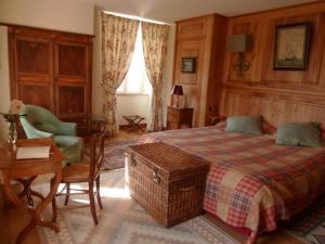 Location gîte, chambres d'hotes Chambres d'Hôtes du Hameau Les Brunes dans le département Aveyron 12