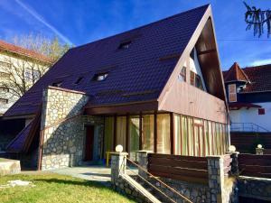 Bliss Residence - Predeal Villa