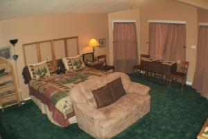 Castle Creek Bed and Breakfast, Bed & Breakfasts  Grand Junction - big - 13