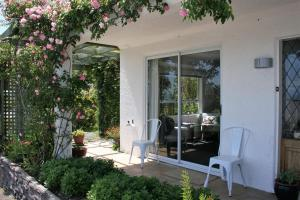 Eleanor Gorrie B & B, Bed and Breakfasts  Nelson - big - 12