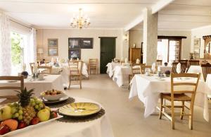 Klein Waterval Riverside Lodge, Guest houses  Franschhoek - big - 68