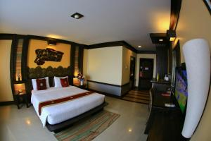 Ruean Phae Royal Park Hotel - Kaengsopha