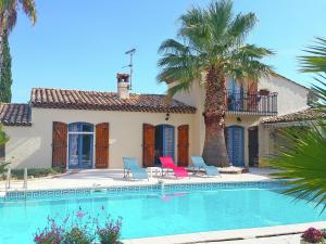 Holiday home Fourques