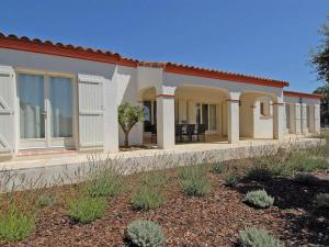 Holiday home Escales