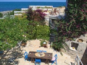 Holiday home Trullo Fiore Di Mare, Nyaralók  Trani - big - 3