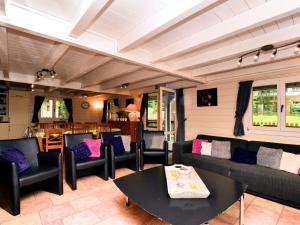 Holiday home La Coccinelle, Ferienhäuser  Barvaux - big - 5