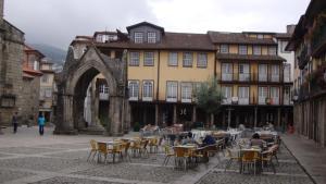 A L da Praça Guimarães