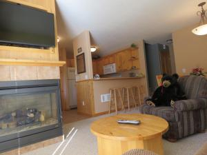 Crystal Forest Condos - CF04 - Apartment - Sun Peaks