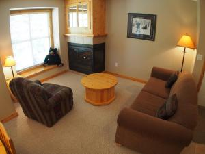Crystal Forest Condos - CF11 - Apartment - Sun Peaks