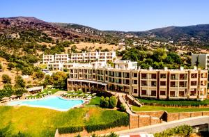 Evia Hotel & Suites - Palaiá Khóra