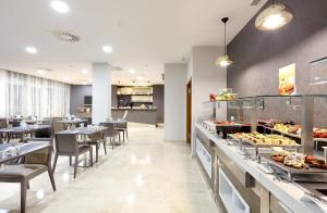 Exe Zaragoza WTC, Hotels  Saragossa - big - 20