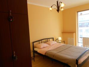 Apartment Mur